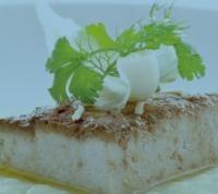 Tofu glassato con purè di cavolo cappuccio