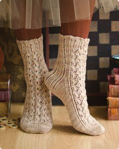 Kollage Yarns free sock pattern on Vogue Knitting. Love these!