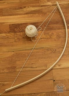Homemade Bow and Arrows Kids Bow And Arrow, Wooden Bow And Arrow, Homemade Bow And Arrow, Homemade Bows, Arrow Crafts, Olympic Crafts, Medieval, Traditional Archery, Bow Arrows
