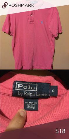 Men's Ralph Lauren Polo Men's size small Ralph Lauren polo shirt . A clean polo piece to buy . A nice salmon / medium pink color . Price is non-negotiable . Thanks Ralph Lauren Shirts Polos
