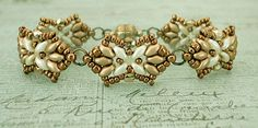 Bracelet of the Day: Tampa Variation - Cream & Gold