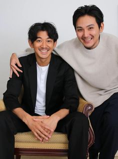 #まほろ #松田龍平 #瑛太 なんだか珍しい顔しとるな…w 二カッ(*´◒`*) A Good Man, Actors & Actresses, Guys, Movies, Nice, Fashion, Moda, Films, Fashion Styles