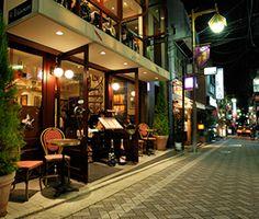 ルグドゥノム・ブション・リヨネ〒162-0825  東京都新宿区神楽坂4-3-7 海老屋ビル1F