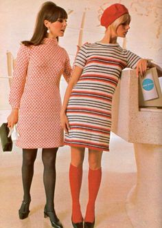 The Swinging Sixties - Fashion Show Vintage Outfits, Vintage Dresses, 1960s Dresses, 1960s Outfits, Vintage Clothing, Vintage Vogue, 60s And 70s Fashion, Vintage Fashion, Modern 60s Fashion