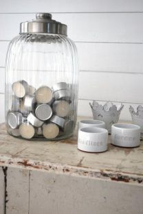 Candles in apothecary jars? Genius!... I'm off to get mine out of the drawer. Love the glass!!