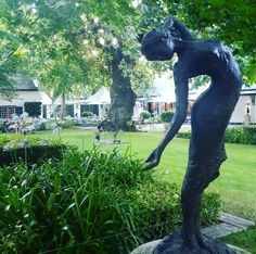 Sitting in the magnificent Franschhoek Valley in South Africa's Western Cape, her lush vines spread across with gentle vistas over the valley floor, with the rugged mountains beyond. This is heartland South African wine country at its very finest. South African Wine, Provence Garden, Luxury Accommodation, Wine Country, Norman, Photo Credit, Acre, Garden Sculpture, Vines