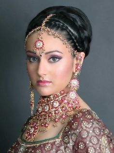 Indian wedding dresses traditional