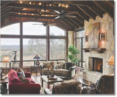 I would live in Texas if this was my house!- Deep in the Heart of Texas || Home By Design