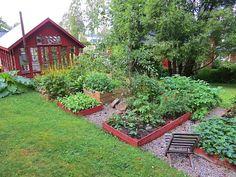 Laviken 2311 Herb Garden Design, Vegetable Garden Design, Potager Garden, Garden Paths, Scandi Garden, Dream Garden, Home And Garden, Large Greenhouse, Red Houses
