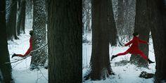 MONIKA EKIERT JEZUSEK - fotografia: czerwono na białym