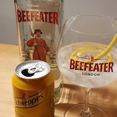 #Beefeater London Dry gin. #Schweppes Indian Tonic. Lemon peel. #gintonic #gin #dandywithlens #gt DandyWithLens.com