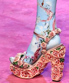From New York Fashion Week, to London, Milan, and finally Paris, we have rounded up the craziest shoes from the spring 2018 season of fashion month. Pretty Shoes, Beautiful Shoes, Cute Shoes, Me Too Shoes, Creative Shoes, Unique Shoes, Happy Shoes, Shoe Art, Doll Shoes