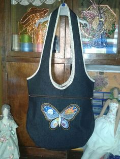 Pillangólányos táska Apron, Fashion, Moda, Fashion Styles, Fashion Illustrations, Aprons