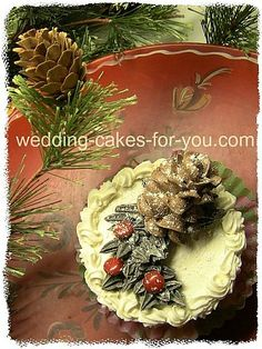 Cheerful Christmas Cake Decorating Ideas And Luscious Christmas Wedding Cakes