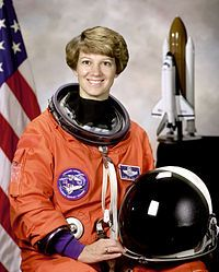 The twenty-eighth: Eileen Marie Collins aka Mom - 3 february 1995