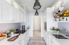 Long Kitchen, Kitchen Dining, Kitchen Cabinets, Dining Room, Home And Garden, Inspiration, Home Decor, Design, Interiors