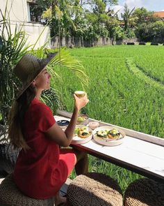 Tours and Activities in Bali, Indonesia Avocado Dishes, Best Of Bali, Stuff To Do, Things To Do, Bali Travel, Best Breakfast, Travel Couple, Southeast Asia, Fields