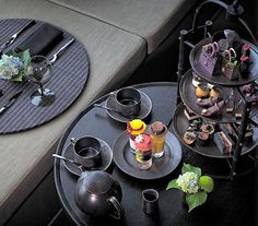 Aman tokyo / black afternoon tea