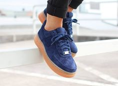 Nike Air Force 1 Low Suede Navy Gum