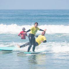 WIPEOUT WEDNESDAY STIFF ARM ____________________________________ San Diego Surf School San Diego, CA . 🌐 Website: www.sandiegosurfingschool.com 📸: @nikpicslife . ☎️ PB Phone: (858) 205-7683 ☎️ OB Office: (619) 987-0115 . #SanDiegoSurfSchool