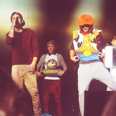 mum, dad? these are my idols... <3