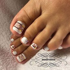 Looking for new and creative toe nail designs? Let your pedi always look perfect. We have a collection of wonderful designs for your toe nails that will be appr Toe Nail Color, Toe Nail Art, Nail Colors, Nail Nail, Nail Glue, Acrylic Nails, Nail Polish, Fall Pedicure, Manicure E Pedicure