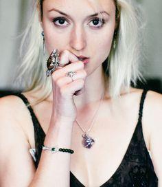 Karasu Jewellery Jade, Amethyst, Photoshoot, Poses, Jewellery, Wedding Things, Pretty, Films, Photography