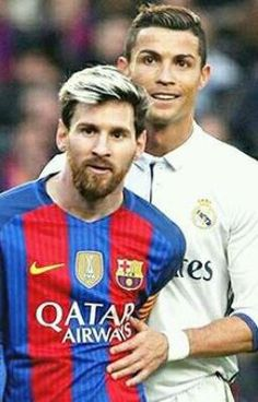 Its always been Cristino Ronaldo vs Lionel Messi ever since the football legends made it to the spotlight. But last Thursday, a remarkable event came to reality which no football fan would've ever dreamed of Cristiano Ronaldo, Messi Y Ronaldo, Messi Vs, Ronaldo Juventus, Lionel Messi, Messi Pictures, Football Fans, Sport Football, Uefa Champions League