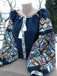 Polish Embroidery, Folk Embroidery, Embroidery Fashion, Bordado Popular, Boho Fashion, Fashion Dresses, Ukrainian Dress, Eastern Dresses, Embroidered Clothes