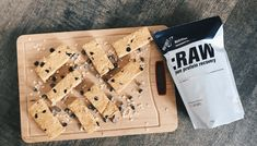 Our no bake peanut butter chocolate chip granola bars pack a serious nutritional punch. Check out these sweet and ultra-delicious treats at INFINIT Nutrition. Raw Peanut Butter, Chocolate Chip Granola Bars, Sweet And Salty, Yummy Treats, Healthy Snacks, Nutrition, Baking, Recipes, Food
