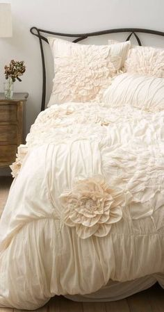 Duvet Cover Anthropologie Bedding House and Home New Nocturne Collection How to Keep a Duvet in Place Organic Chevron Dream Bedroom, Home Bedroom, Bedroom Decor, Bedroom Ideas, Design Bedroom, Master Bedroom, Bedroom Lamps, Wall Lamps, Bedroom Lighting