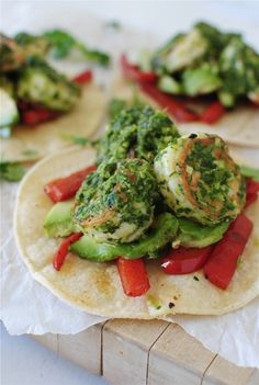 Cilantro Pesto Shrimp Tostadas Food Recipe Latin Share and enjoy! Fish Recipes, Seafood Recipes, Mexican Food Recipes, Cooking Recipes, Healthy Recipes, Pesto Shrimp, Cilantro Pesto, Cilantro Shrimp, I Love Food