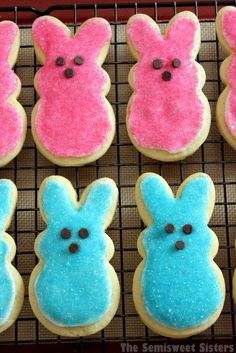 PEEPS Sugar Cookies for Easter recipes dessert recipes dessert brunch recipes dessert cake recipes dessert easy recipes dessert kids recipes dessert video Easter Snacks, Easter Peeps, Hoppy Easter, Easter Treats, Easter Bunny, Easter Recipes, Easter Food, Easter Desserts, Holiday Recipes