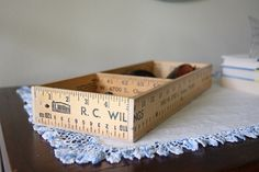 ruler box DIY Dishfunctional Designs: You Rule! Yardsticks and Rulers Upcycled Ruler Crafts, Craft Stick Crafts, Crafts To Sell, Diy Crafts, Craft Ideas, Diy Ideas, Wood Crafts, Project Ideas, Decorating Ideas