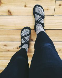 How to know if someone is cool. They wear this.  #sockos