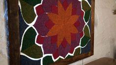 DIY Recycled Carpet Mandala Mosaic with LED lighting Diy Wall Art, Diy Art, Diy Recycle, Recycling, Stucco Walls, Mosaic, Mandala, Carpet, Led