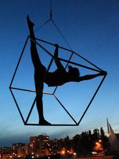 "Aerial cube. Show ""Night nymphs"" #aerialdance #aerialist #cube"