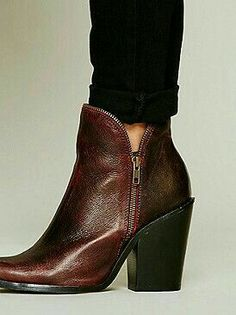 on sale 2162b 7fde9 How To Wear Ankle Boots, Jeans And Boots, Brown Boots, New Shoes,