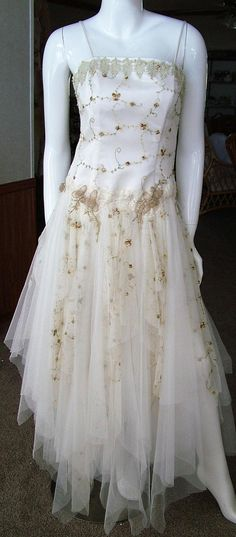6855c65019 Fairy tale boned corset wedding dress ivory beige green white Boned Corsets