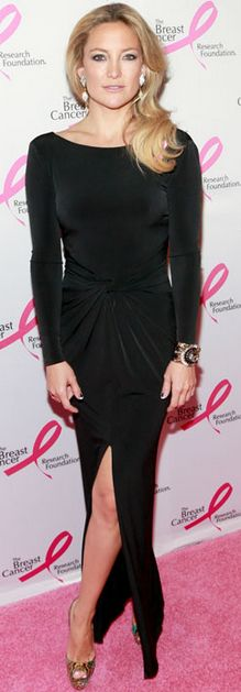 Who made  Kate Hudsons black long sleeve gown and jewelry that she wore in New York?