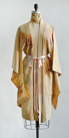 Kimono vintage Delicate fern design white on black long luxe silk robe all FM4zO