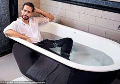 Ioan Gruffudd, Corner Bathtub, Actor, Corner Tub