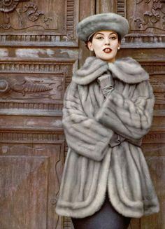 Barbara Mullen in EMBA mink jacket & hat by Revillon, pearls by Chopard. Photograph by Virginia Thoren, 1957.