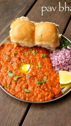 Http: Discover pav bhaji recipe Puri Recipes, Paratha Recipes, Paneer Recipes, Veg Recipes, Spicy Recipes, Cooking Recipes, Bhaji Recipes, Snacks Recipes In Hindi, Maggi Recipes