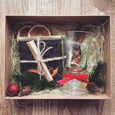 "154 Likes, 12 Comments - New❤️Подарки в Барнауле! (@pin_up_style) on Instagram: ""Подарочный бокс «Набор для глинтвейна» -стакан тематический -шоколад с рецептом глинтвейна -специ…"""