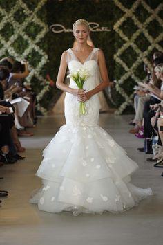 OSCAR DE LA RENTA BRIDAL 2013 - www.bodasnovias.com