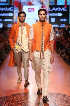 Lakmé Fashion Week – TARUN TAHILIANI AT LFW SR 2015