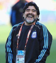 NAPOLI: Maradona torna in Italia