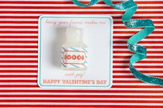 A bubble-bursting Valentine's Day gift!  You can use Avery full-sheet labels for the free printable or create your own design for free at Avery.com/print and use Avery  address labels and note cards. No cutting required.