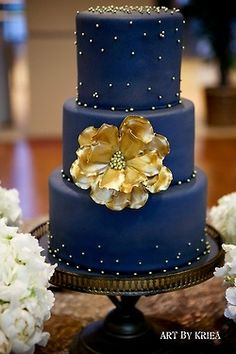 #Urban #Wedding ... Wedding Cake in Blue and Gold ... Wedding ideas for brides, grooms, parents & planners ... https://itunes.apple.com/us/app/the-gold-wedding-planner/id498112599?ls=1=8 … plus how to organise an entire wedding, without overspending ♥ The Gold Wedding Planner iPhone App ♥